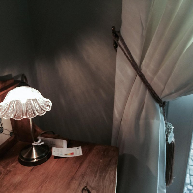 it's those little things ! An updated victorian light for the desk